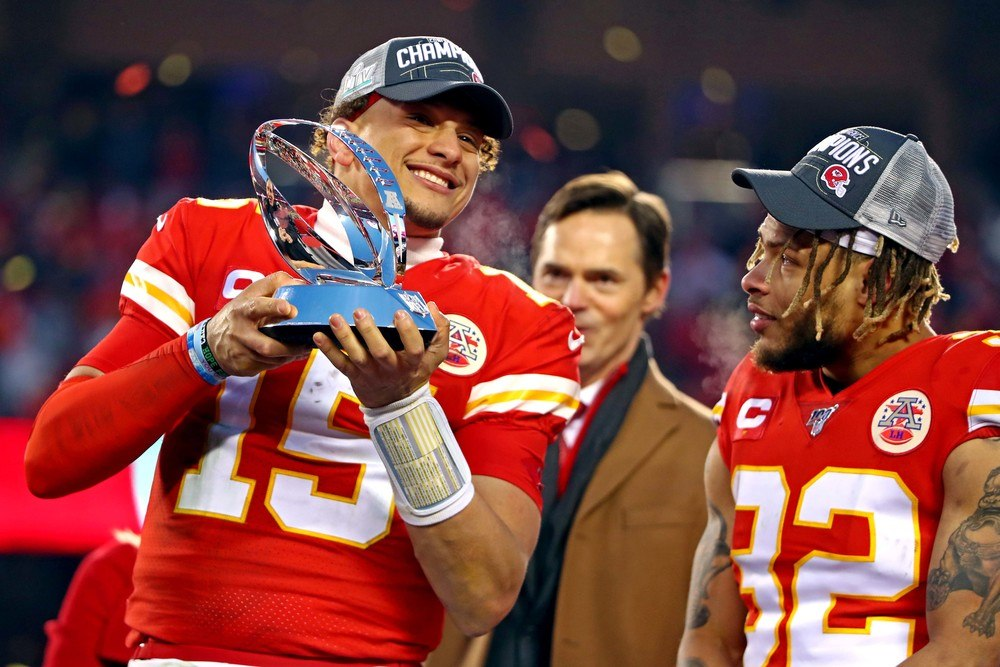 Patrick Mahomes of the Kansas City Chiefs celebrates the AFC title.