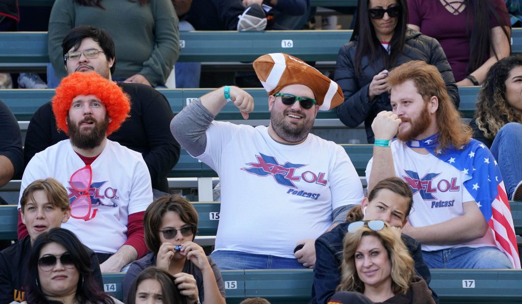 XFL Fans enjoying the Los Angeles Wildcats game