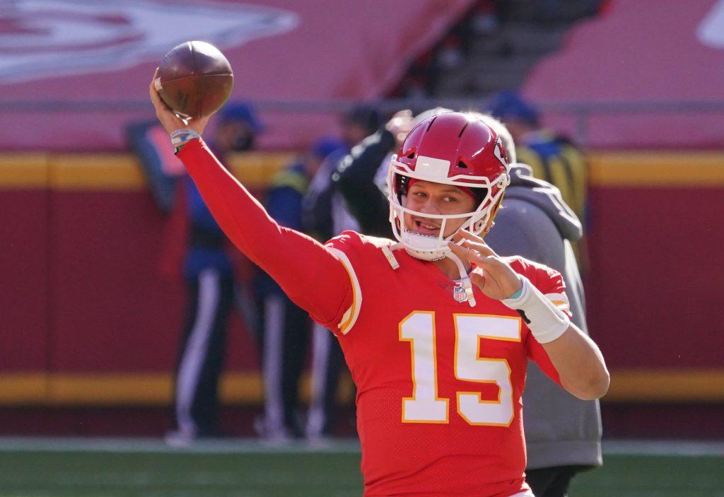Patrick Mahomes, Kansas City Chiefs quarterback warming up before Week 16 against the Atlanta Falcons
