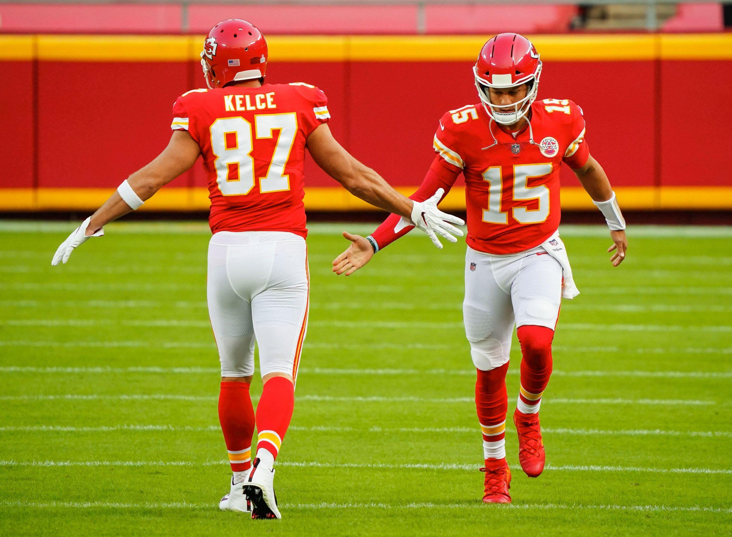 Travis Kelce and Patrick Mahomes of the Kansas City Chiefs