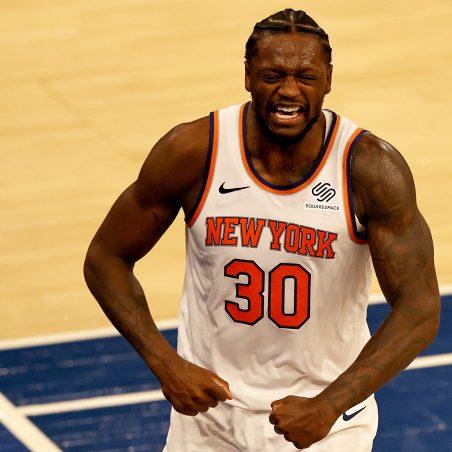 NBA Sunday three-team mega parlay (+1712 odds): Knicks upset Clips