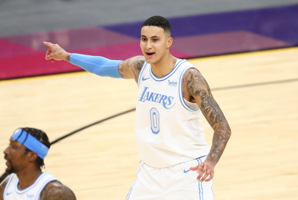 Kyle Kuzma Lakers pointing