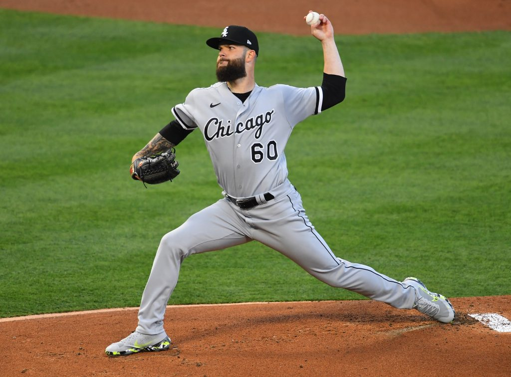 Chicago White Sox starting pitcher Dallas Keuchel (60) pitches in the first inning against the Los Angeles Angels at Angel Stadium