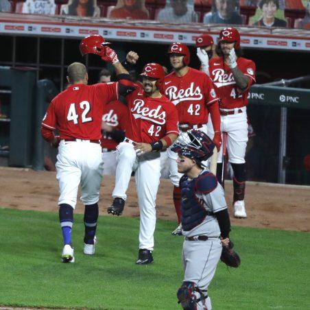 MLB Saturday three-team mega parlay (+1792 odds): Reds keep rolling