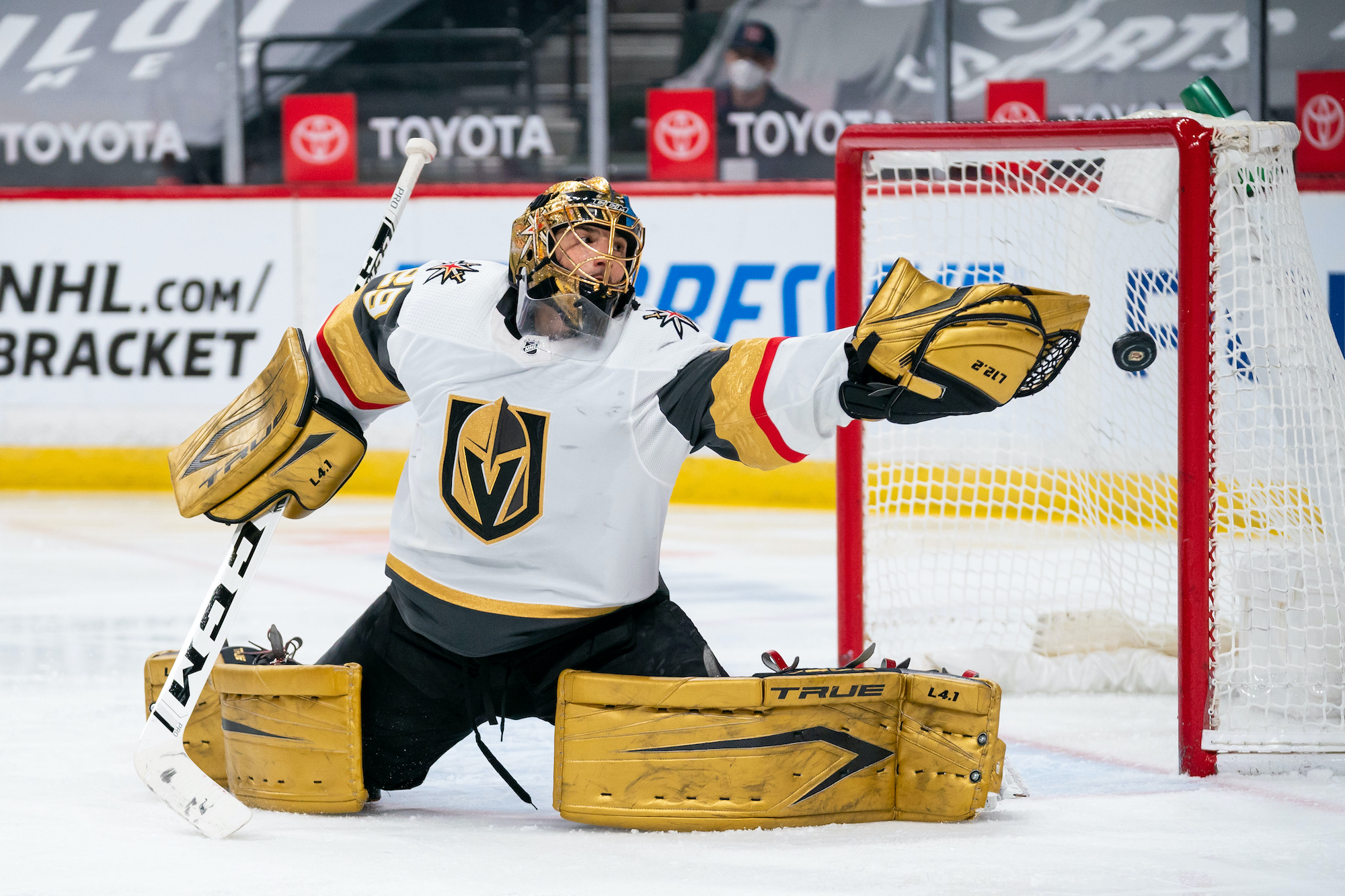 Marc-Andre Fleury knows what it takes to win a Stanley Cup.