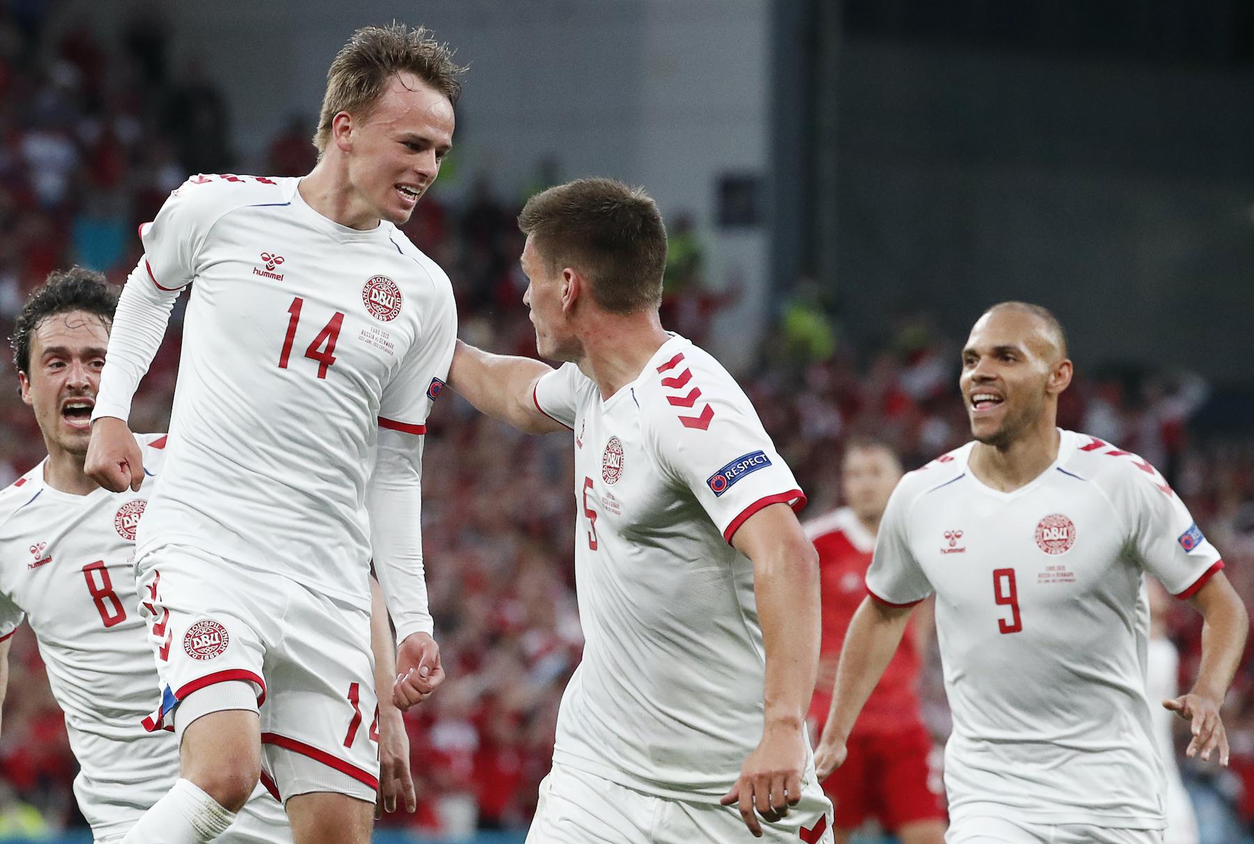 Denmark celebrate opening goal in 4-1 win over Russia