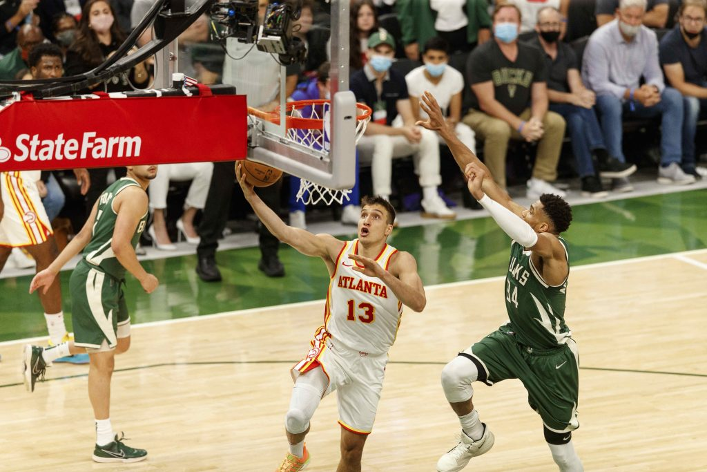 Bogdan Bogdanovic Hawks vs Bucks