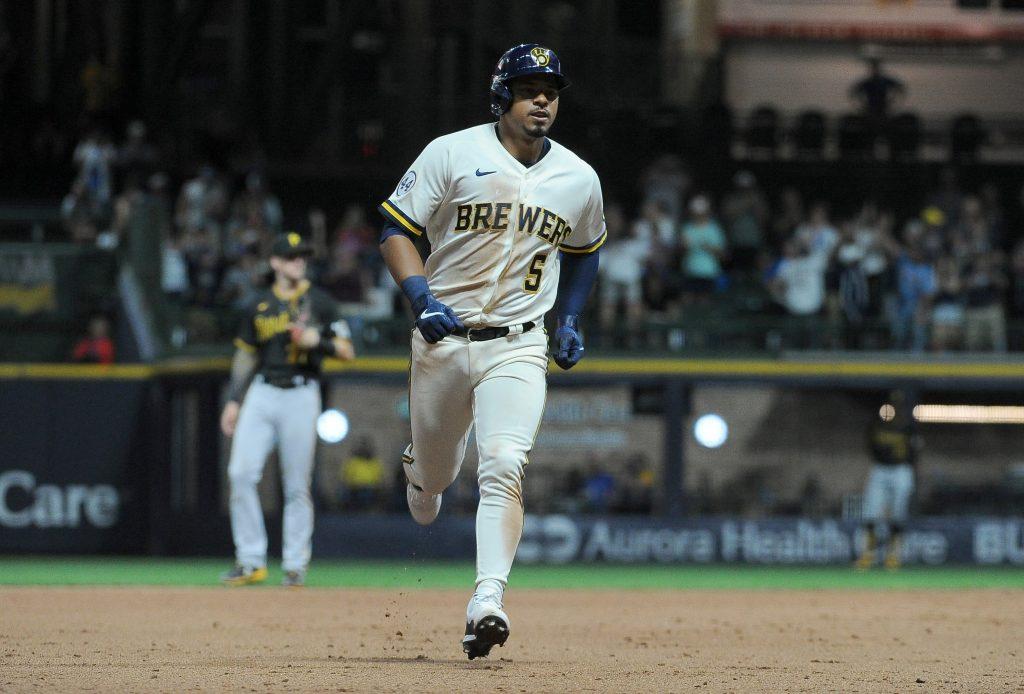 Eduardo Escobar Brewers MLB same game parlay