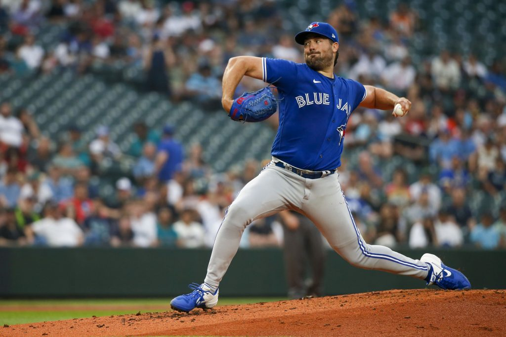 Toronto Blue Jays starting pitcher Robbie Ray (38) throws against the Seattle Mariners during the second inning at T-Mobile Park.